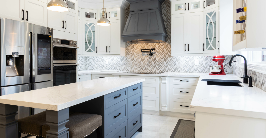 Kitchen with a quartz counter